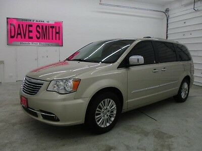 2013 Chrysler Town & Country Limited Mini Passenger Van 4-Door 13 DVD Player Navigation & Sirius Radio Capable Heated Leather Sunroof