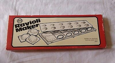 Norpro Ravioli Maker Cast Aluminium & Plastic Form New in Box 1040