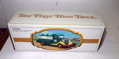 Hess 1982 First Truck Empty Box Only Mint