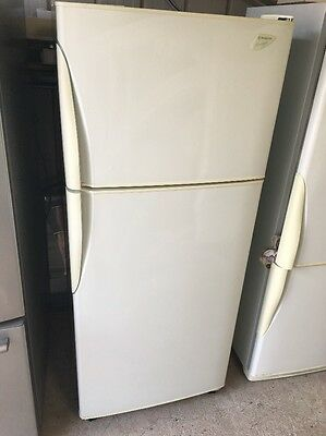 Fridge Freezer  420 Lt  Westinghouse  Frost Free      Comes With 30 Day Warranty