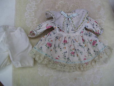 Alte Puppenkleidung Flowery Short Dress Outfit vintage Doll clothes 45 cm Girl