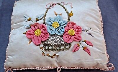 Large & Puffy SILK Hankie Holder w RIBBONWORK EMBROIDERY & METALLIC TRIM