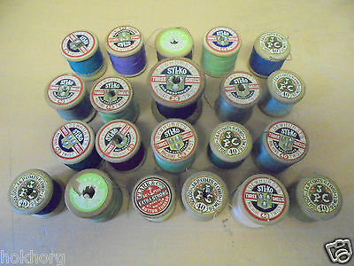 21 X Vintage Wooden Cotton Reel Rolls / Bobbins Varying Colours