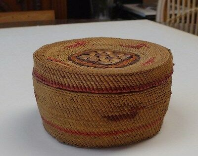 Early 1900s Native American Indian, Makah Nootka Basket Lidded round box NW US