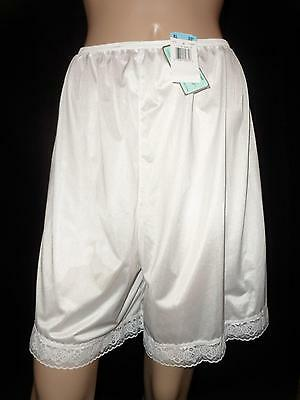 New Vanity Fair UNDERGLOWS Pettileg PETTIPANTS Lace BLOOMERS White Nylon XL Nwt