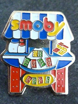 Pin's  Jouet Enfant Smoby Fabrication Francaise Jura