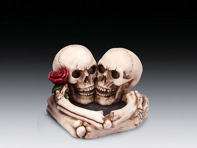 Skull Ashtray with Lovers Rose Figurine Statue Skeleton Halloween