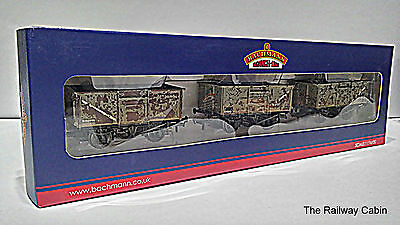 Bachmann 37-235 OO Gauge Set of Mineral Wagons BR Grey Weathered