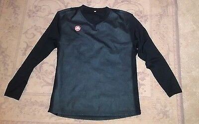 Gore bike wear Windstopper long sleeved baselayer top. Size medium