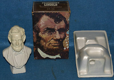 AVON ABRAHAM LINCOLN AFTERSHAVE BOTTLE In Box Never Used