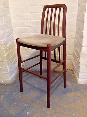 VINTAGE 1960s WOODEN TALL BAR/KITCHEN STOOL WITH BACK G PLAN/DANISH INFLUENCE