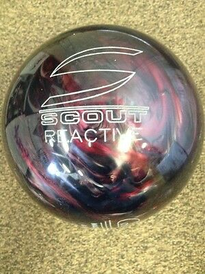 Columbia 300 Scout Black/Red BOWLING ball 10 lb  new in box.  RARE