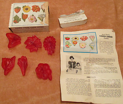 Flower Garden Cookie Cutters by Aunt Chick 6 with box & instructions vintage