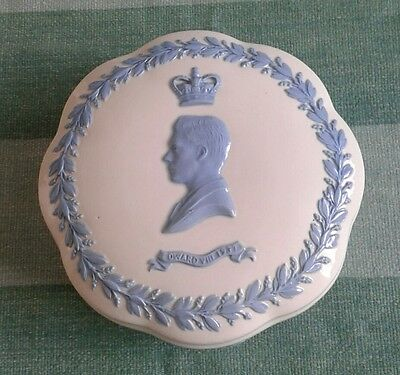 Wedgwood Embossed Queensware King Edward V111 1937 Coronation Trinket Dish.