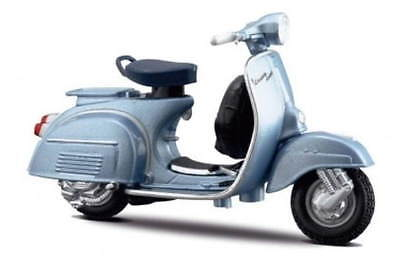 VESPA 150 SUPER - 1965 in Blue - 1:18 Die-Cast Scooter Model by Maisto - New