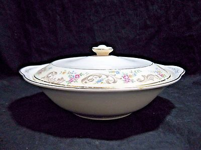 Paden City Pottery DUCHESS Pattern Round Covered Vegetable Bowl