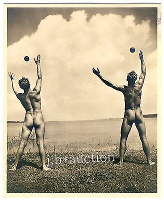 NUDE ATHLETES' OUTDOORS GYM by KURT REICHERT * Vintage 1930s Photo GAY INT
