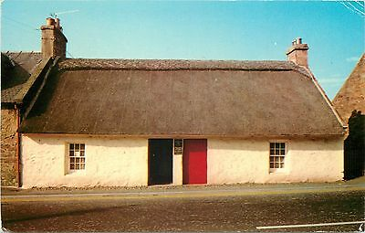 p0794 Souter Johnnie's Cottage, Kirkoswald, Scotland postcard