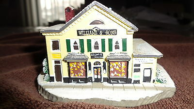 """Norman Rockwell MAIN STREET """"Country Store"""" 82124 Christmas Village"""