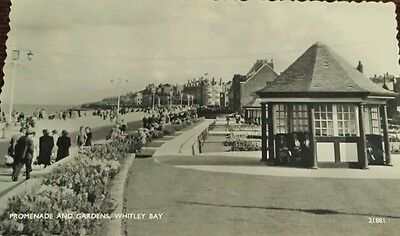 WHITLEY BAY.. 1960 vintage postcard Promenade and Gardens .