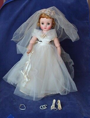 Vintage Madame Alexander Elise - Blonde Hair, Wedding Dress, Veil, Shoes, Garter