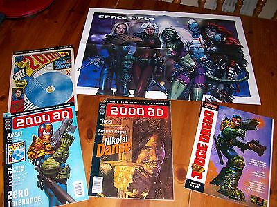 JUDGE DREDD 2000AD #1033 & 1035 COMIC Both include Posters Plus a Poster Prog
