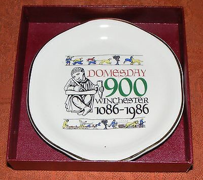 Commemoration Dish (Plate/Saucer) Domesday 900, Winchester 1086 – 1986 - PALISSY