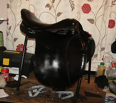 "17"" Wide W Lovatt and Ricketts English Saddle. Black. Welsh Cob Dales Haffy"