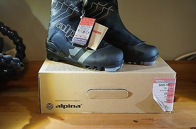 Alpina T20 Cross-Country Nordic Touring Ski Boots - Black Size 35 French / 3 US