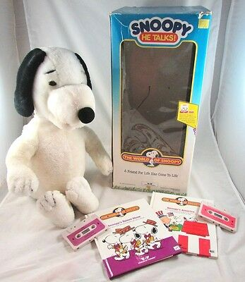 Worlds of Wonder Talking Snoopy with Tapes Box Books Rare 1986