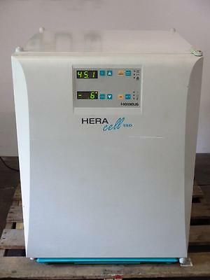 Thermo Heraeus HERAcell 150 Laboratory Air-Jacketed CO2 Incubator Culture Oven