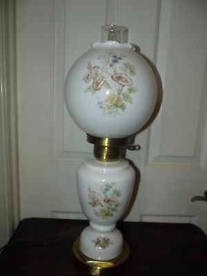 Vintage - 3-Way Light Up - Gone With The Wind Hurricane Parlor Lamp