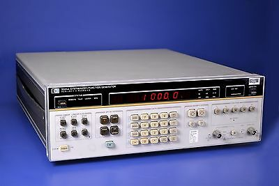 Hewlett Packard 3325A Synthesizer / Function Generator