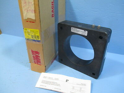 NEW Square D 120R-122 Current Transformer Ratio 1200:5 CT NIB