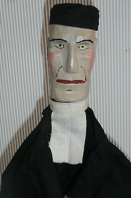 ealry  1900 /CHARACTER  Punch  &  Judy/Guignol   THE JUDGE  CARVED  WOODEN  HEAD