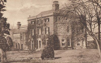 DITCHINGHAM( Norfolk) : Ditchingham House-Smith