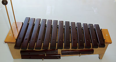 Suzuki Model SXCS-16 note soprano diatonic xylaphone-rosewood bars-mallets