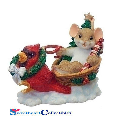Charming Tails 130443 Christmas Mouse in Sleigh With Cardinal 2017