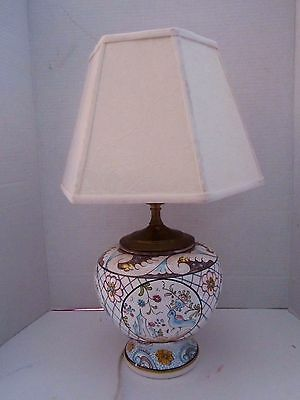 Vtg Round Porcelain Hand Painted Table Lamp & Embroidered Shade. Portugal. Birds