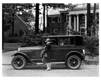 1927 Whippet ORIGINAL Factory Photo oub0375