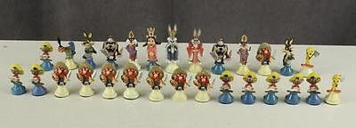 1989 Looney Tunes Bugs Bunny SARATOGA MINT Chess Set Cast Metal Lot 28 Pieces