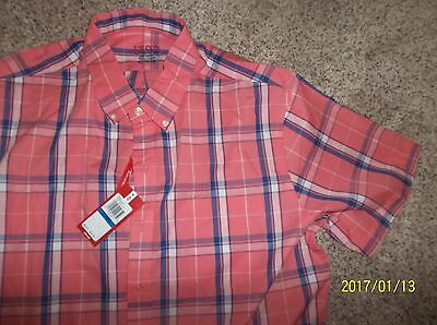 Men's NEW short sleeve button front shirt by Izod Size XL