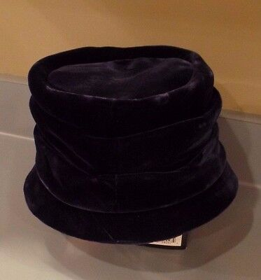 Vintage Blue Velvet Union Made Women's Hat -  Good Condition