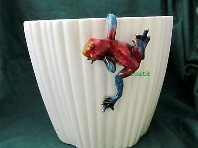 FROG Hang on pot Red TROPIC CRITTER Golden Pond RESIN Realistic Sculpture