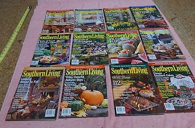 LOT OF 12 SOUTHERN LIVING  MAGAZINE Complete Year 2001