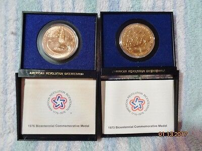 Set of 2 AMERICAN REVOLUTION BICENTENNIAL BRONZE COMMEMORATIVE MEDALS
