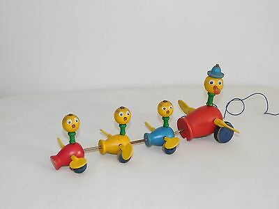 Vintage 1956 Fisher Price Momma Duck & Babies Wings Move Wood Pull String Toy