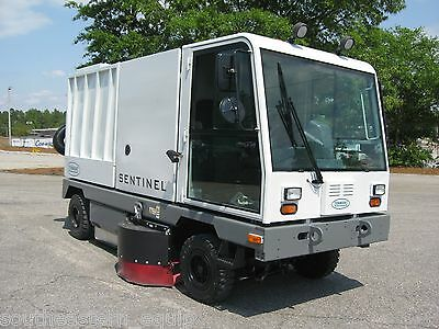 Reconditioned Tennant Sentinel Street Sweeper