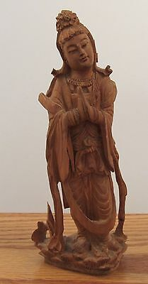 """Detailed vintage hand carved Chinese wood statue Guanyin 7"""" tall Kwan Yin"""