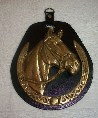 LARGE LEATHER BACKED HORSE HEAD IN HORSESHOE Harness Brass